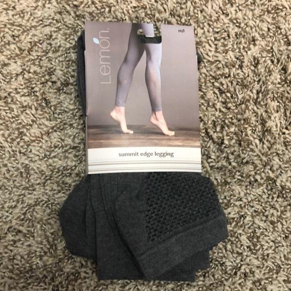 LEMON Pants - Lemon 🍋 Summit Edge Leggings Size M/L Grey Soft!